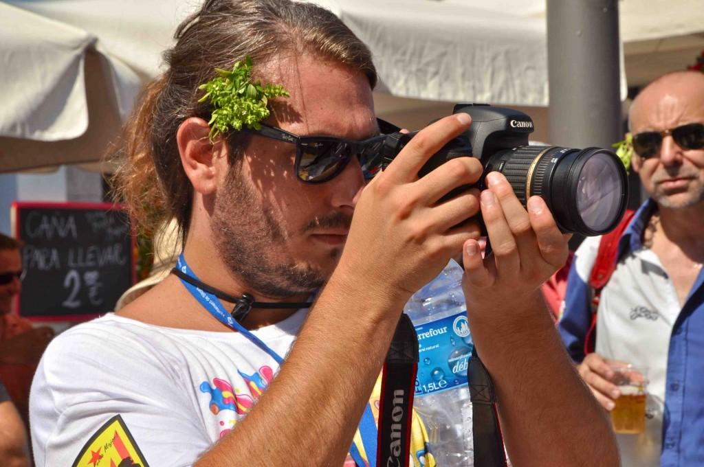 Fotografia de l'enregistrament per part de la productora durant la Festa Major de 2013 – Foto de VisitSitges.com